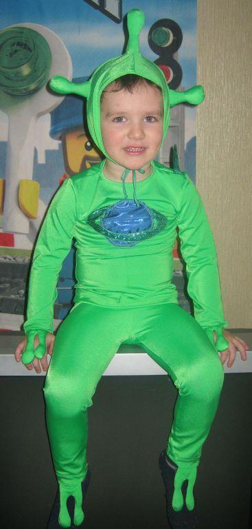 Ребенку костюм инопланетянина своими руками из